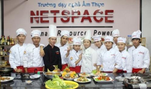 Siêu đầu bếp Nguyễn Văn Lập - bậc thầy cắt tỉa